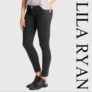 Lila Ryan Black Skinny Stretch Jeans